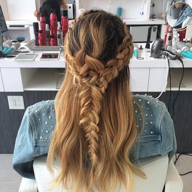 Мило собранные волосы
