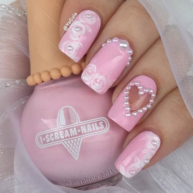 Светло розовый дизайн ногтей